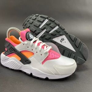 Nike Women's Air Huarache Run Running Shoes Sz 7.5